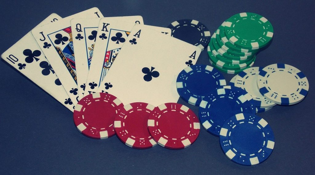 Follow the strategies for the winning the poker game